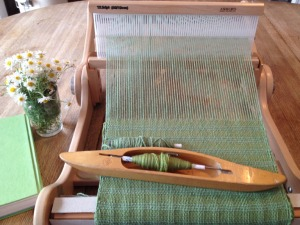 knitters loom green scarf